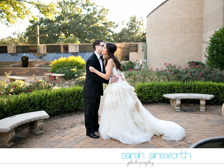 houston-wedding-photographer-bear-creek-united-methodist-pine-forest-country-club-meredith-philip09