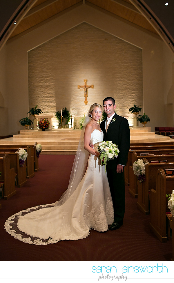 houston-wedding-photography-hotel-sorella-st-john-vianney-ellanesque-liz-robert033