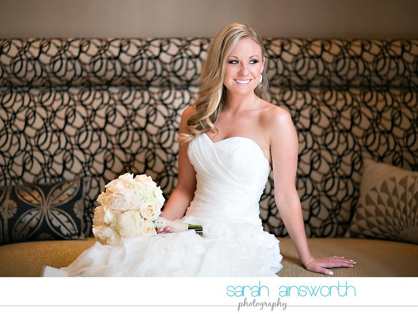 houston-wedding-photography-crystal-ballroom-wedding-bridals-rice-hotel-cindy001