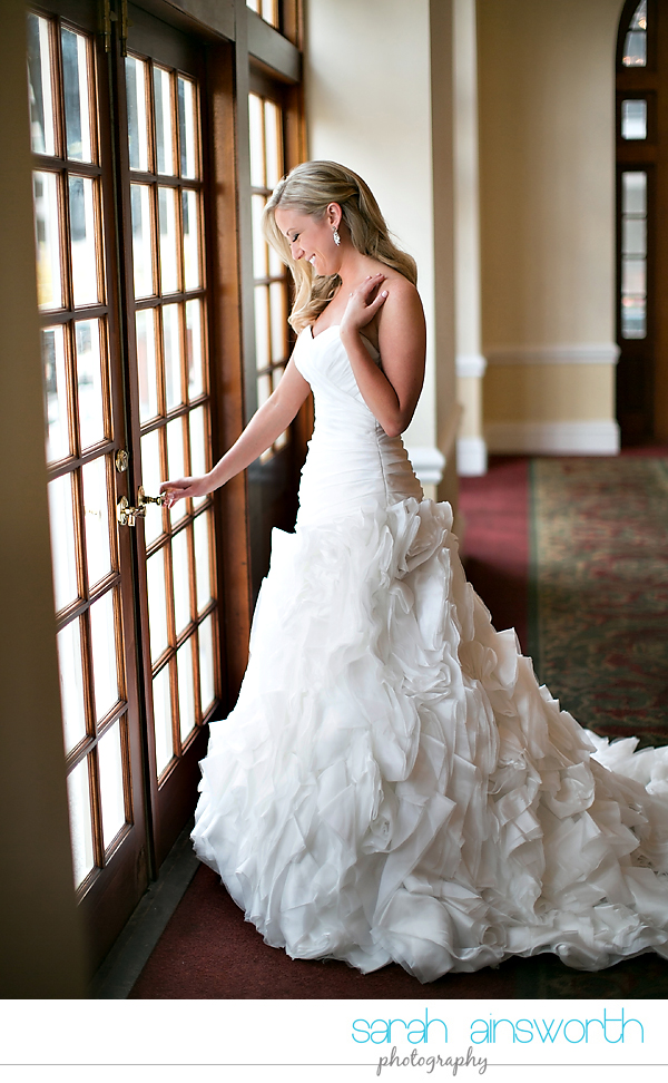 houston-wedding-photography-crystal-ballroom-wedding-bridals-rice-hotel-cindy002