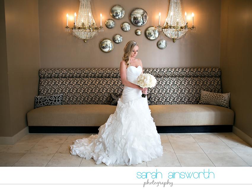 houston-wedding-photography-crystal-ballroom-wedding-bridals-rice-hotel-cindy004