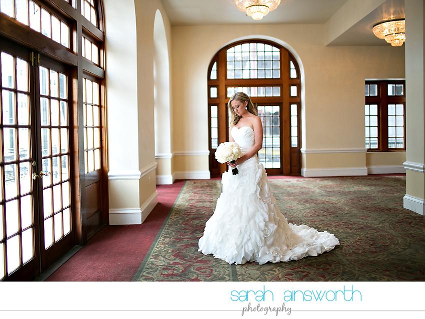 houston-wedding-photography-crystal-ballroom-wedding-bridals-rice-hotel-cindy006