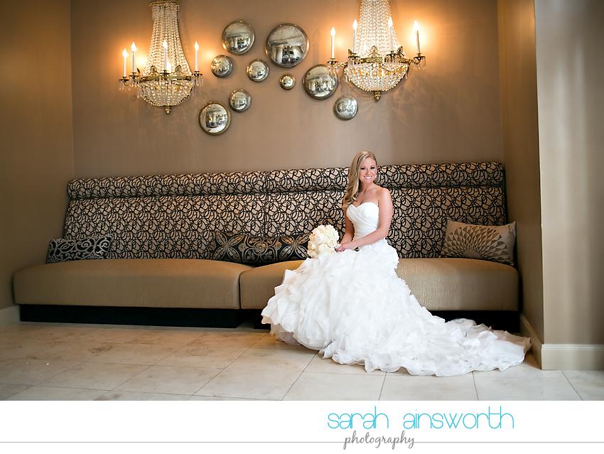 houston-wedding-photography-crystal-ballroom-wedding-bridals-rice-hotel-cindy008
