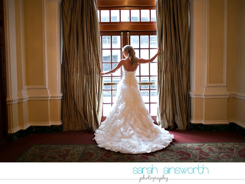 houston-wedding-photography-crystal-ballroom-wedding-bridals-rice-hotel-cindy016