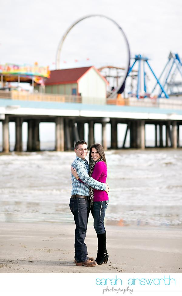 houston-wedding-photography-kristin-chris-galveston-pleasure-pier-engagement008