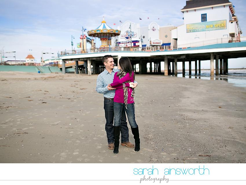 houston-wedding-photography-kristin-chris-galveston-pleasure-pier-engagement020