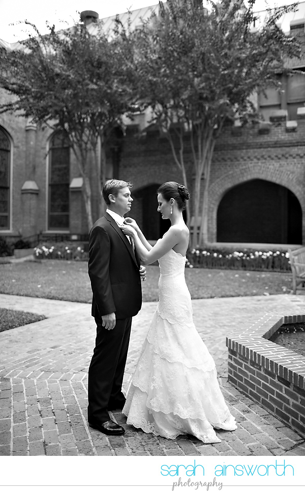 houston-wedding-photography-christ-church-cathedral-crystal-ballroom-wedding-rice-hotel-wedding-magnolia-hotel-wedding-rebecca-chris012