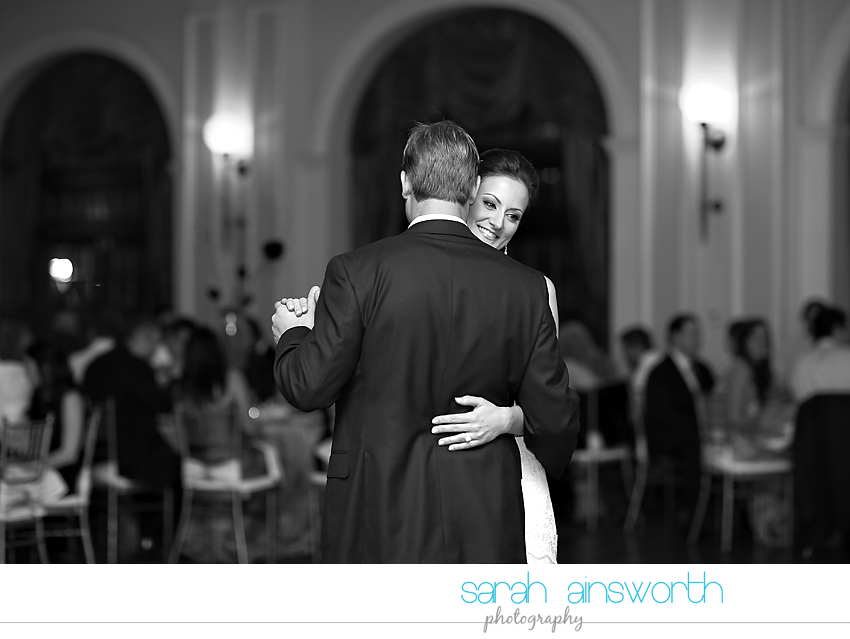 houston-wedding-photography-christ-church-cathedral-crystal-ballroom-wedding-rice-hotel-wedding-magnolia-hotel-wedding-rebecca-chris049
