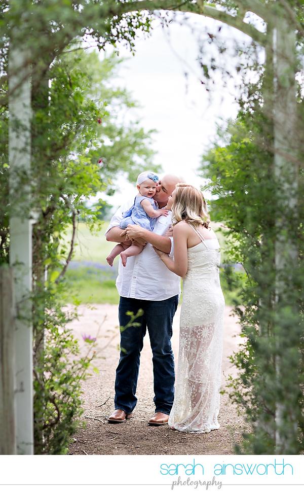 houston-lifestyle-family-photographer-the-prairie-round-top-andoe016