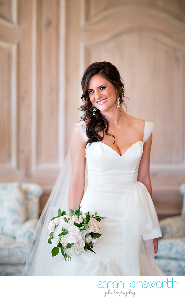 houston-wedding-photographer-houston-oaks-country-club-bridal-portraits-kelly005