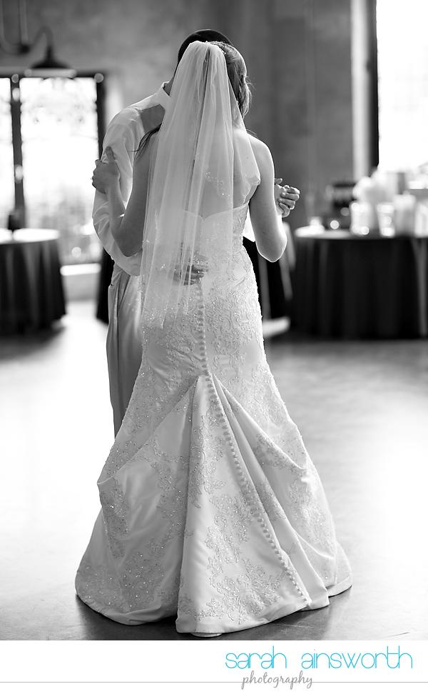 montgomer-wedding-photographer-olde-dobbin-station-wedding-amanda-brenton0058