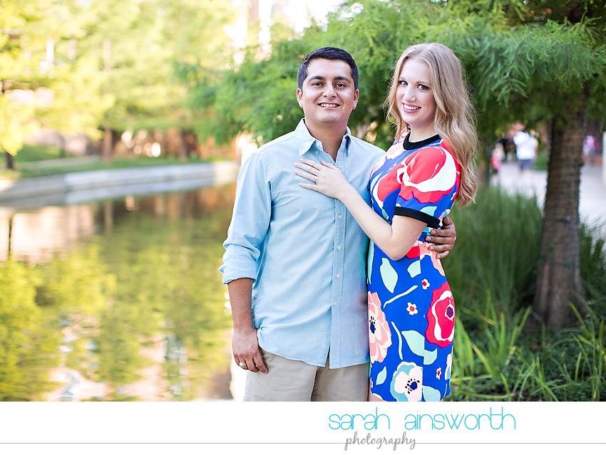 the-woodlands-wedding-photographer-market-street-the-woodlands-waterway-engagement-pictures-meghan-phil18