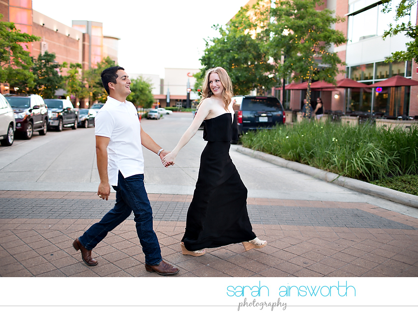 the-woodlands-wedding-photographer-market-street-the-woodlands-waterway-engagement-pictures-meghan-phil25