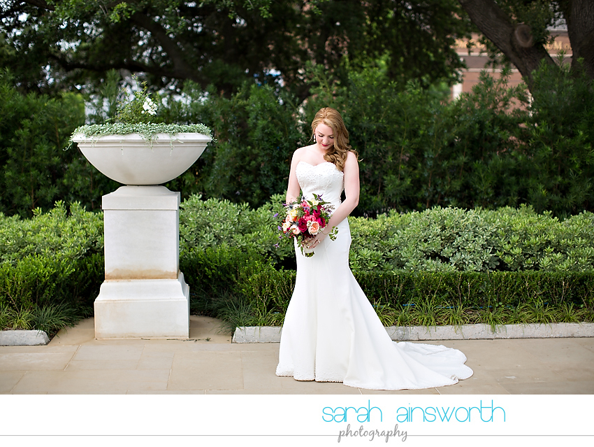 houston-wedding-photographer-mcgovern-centennial-gardens-petroleum-club-of-houston-wedding-sydney-joey0009
