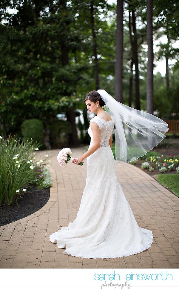 the-woodlands-wedding-photographer-chapel-in-the-woods-woodlands-country-club-wedding-shelby005
