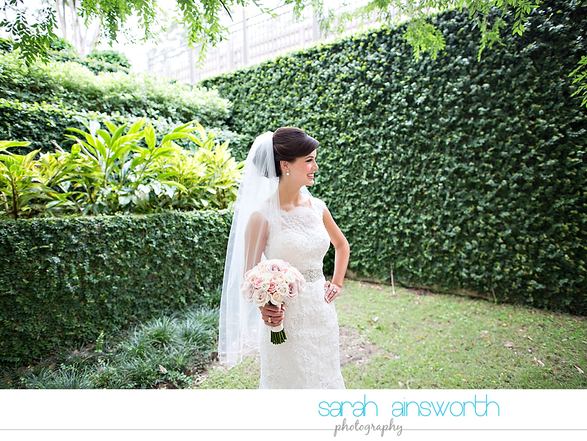the-woodlands-wedding-photographer-chapel-in-the-woods-woodlands-country-club-wedding-shelby010