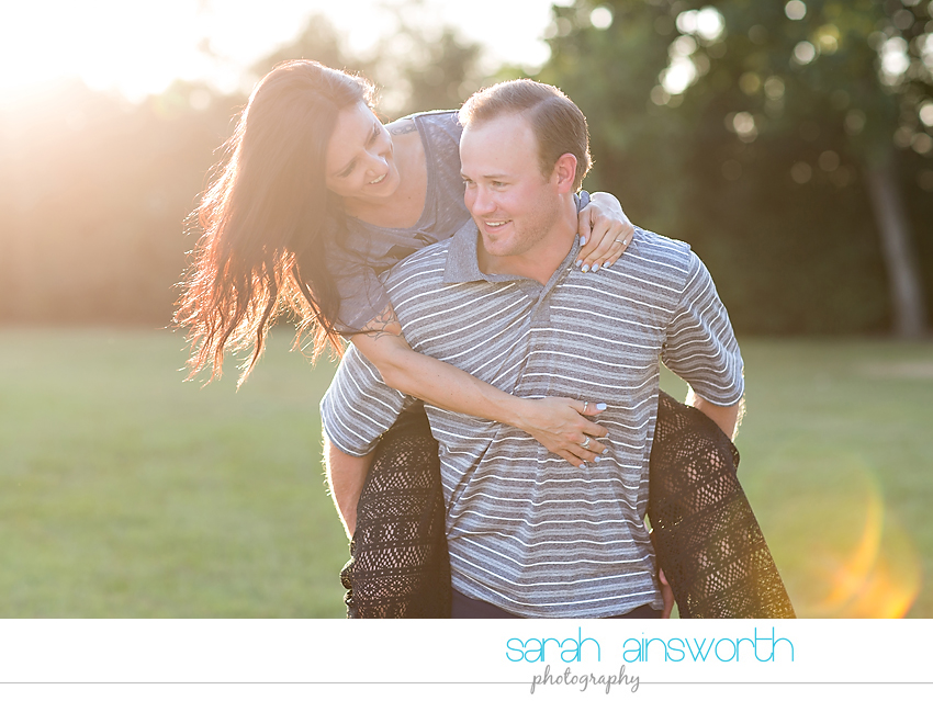 moffitt-oaks-wedding-tomball-wedding-photographer-tomball-rustic-engagement-pictures-natalie-justin001