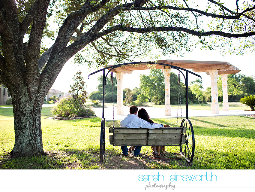 moffitt-oaks-wedding-tomball-wedding-photographer-tomball-rustic-engagement-pictures-natalie-justin006