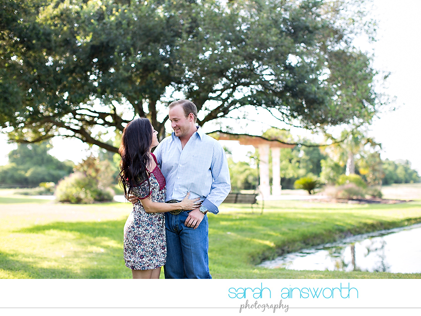 moffitt-oaks-wedding-tomball-wedding-photographer-tomball-rustic-engagement-pictures-natalie-justin008