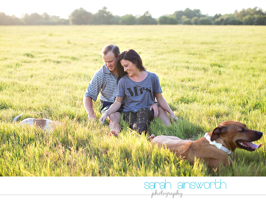 moffitt-oaks-wedding-tomball-wedding-photographer-tomball-rustic-engagement-pictures-natalie-justin019