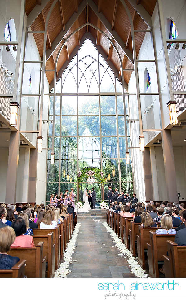 the-woodlands-wedding-photographer-chapel-in-the-woods-woodlands-country-club-shelby-travis37