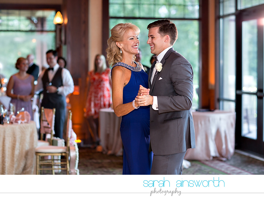 the-woodlands-wedding-photographer-chapel-in-the-woods-woodlands-country-club-shelby-travis69