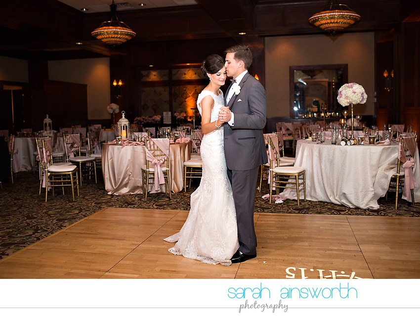 the-woodlands-wedding-photographer-chapel-in-the-woods-woodlands-country-club-shelby-travis75