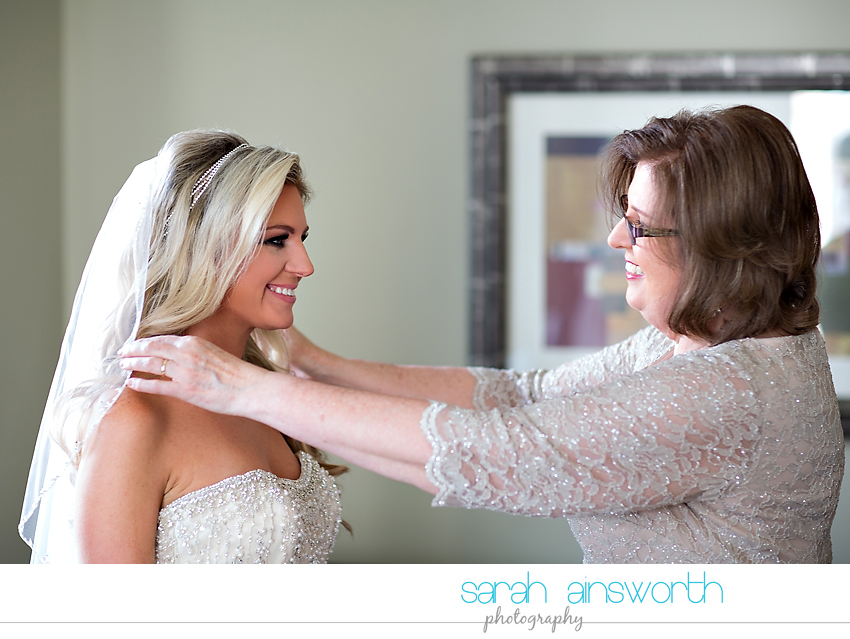 houston-wedding-photographer-crystal-ballroom-wedding-rice-hotel-houston-magnolia-hotel-sarah-jonathan10