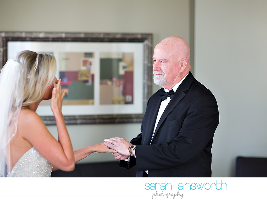 houston-wedding-photographer-crystal-ballroom-wedding-rice-hotel-houston-magnolia-hotel-sarah-jonathan14