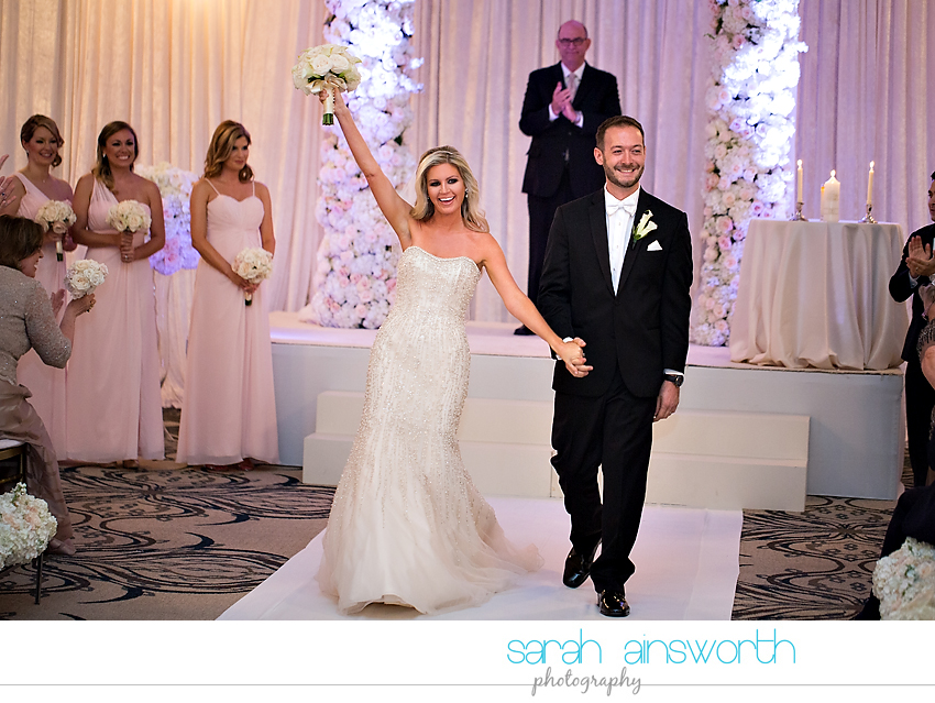 houston-wedding-photographer-crystal-ballroom-wedding-rice-hotel-houston-magnolia-hotel-sarah-jonathan34