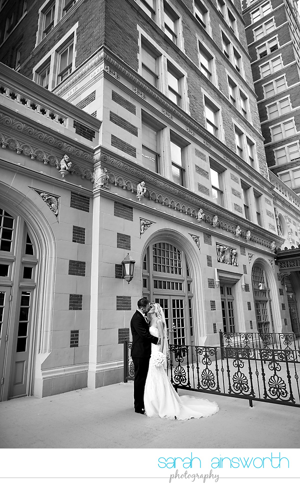 houston-wedding-photographer-crystal-ballroom-wedding-rice-hotel-houston-magnolia-hotel-sarah-jonathan46
