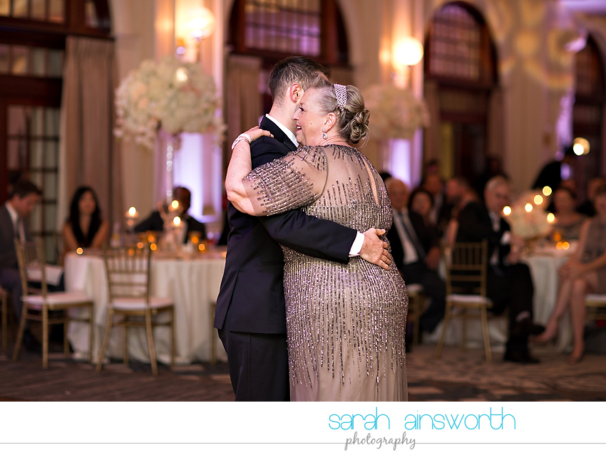 houston-wedding-photographer-crystal-ballroom-wedding-rice-hotel-houston-magnolia-hotel-sarah-jonathan59