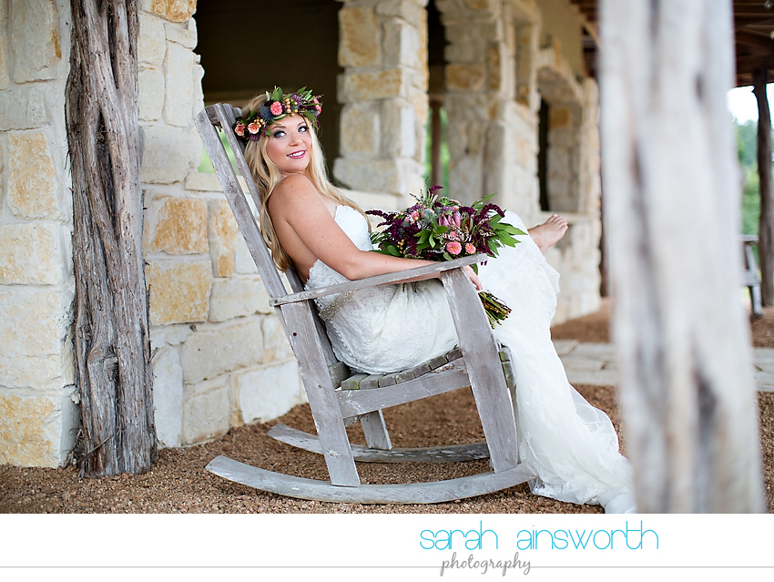 houston-wedding-photographer-fall-wedding-floral-crown-houston-photography-workshop-moffitt-oaks-wedding-jessica001
