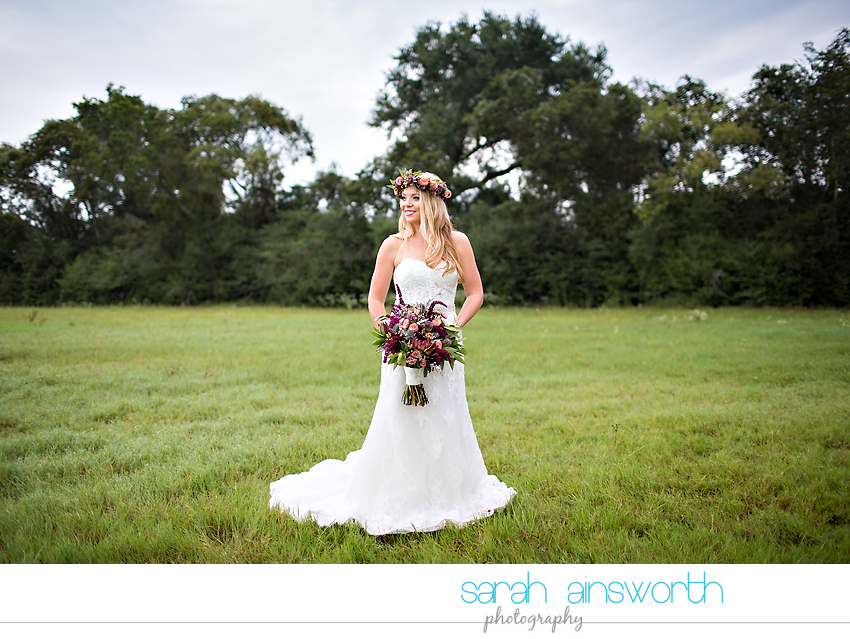 houston-wedding-photographer-fall-wedding-floral-crown-houston-photography-workshop-moffitt-oaks-wedding-jessica004