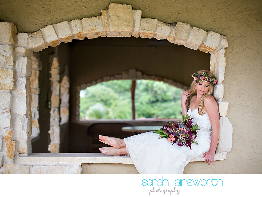 houston-wedding-photographer-fall-wedding-floral-crown-houston-photography-workshop-moffitt-oaks-wedding-jessica005