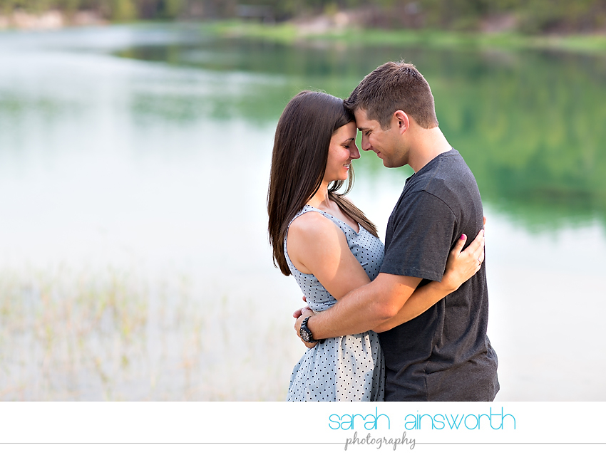 huntsville-wedding-photographer-the-blue-lagoon-engagement-pictures-courtney-neil02