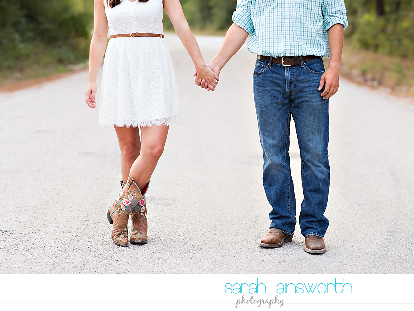 huntsville-wedding-photographer-the-blue-lagoon-engagement-pictures-courtney-neil12