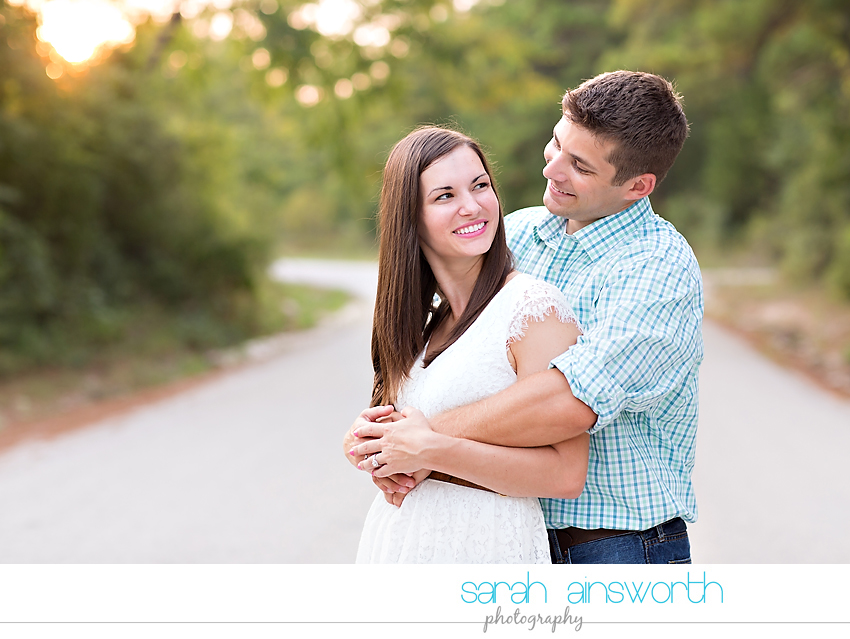 huntsville-wedding-photographer-the-blue-lagoon-engagement-pictures-courtney-neil13