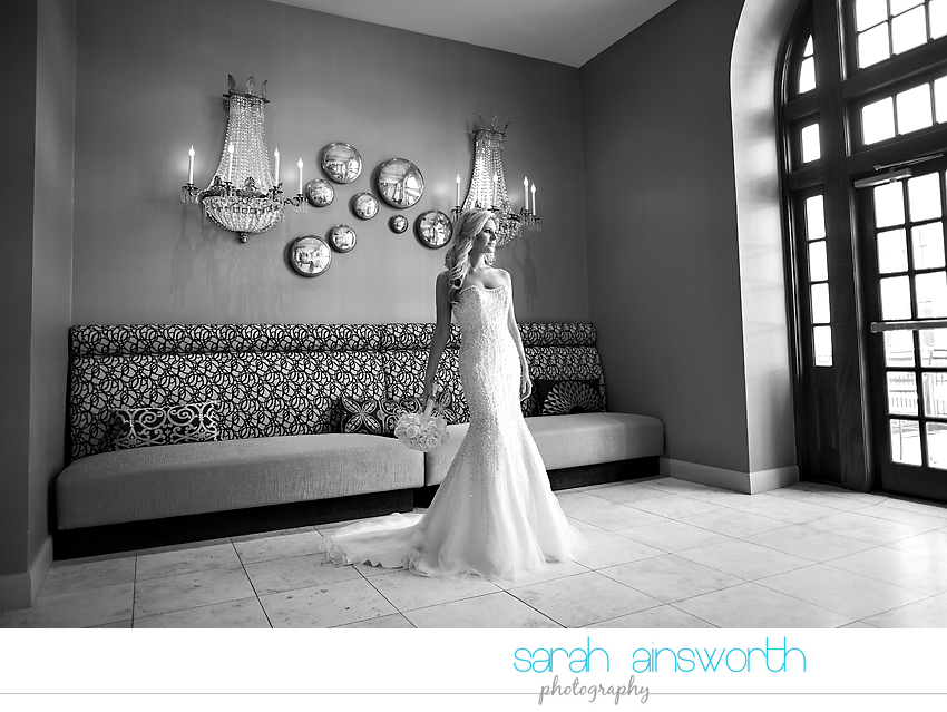 houston-wedding-photographer-crystal-ballroom-wedding-houston-bridals-downtown-houston-wedding-rice-hotel-sarah001