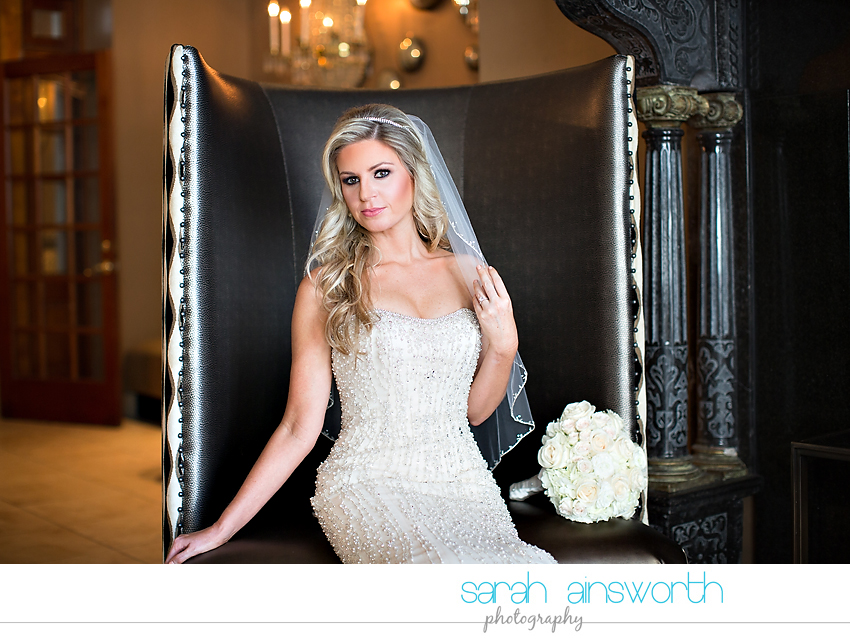 houston-wedding-photographer-crystal-ballroom-wedding-houston-bridals-downtown-houston-wedding-rice-hotel-sarah002