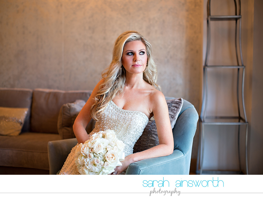 houston-wedding-photographer-crystal-ballroom-wedding-houston-bridals-downtown-houston-wedding-rice-hotel-sarah006