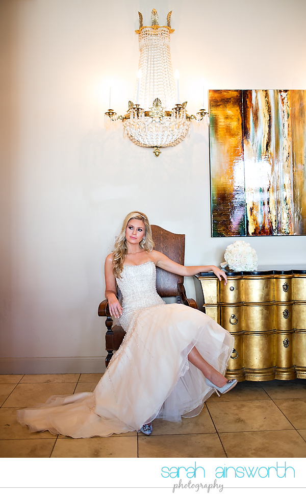 houston-wedding-photographer-crystal-ballroom-wedding-houston-bridals-downtown-houston-wedding-rice-hotel-sarah009