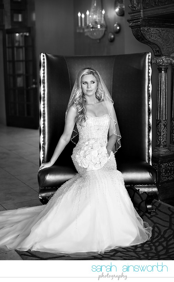 houston-wedding-photographer-crystal-ballroom-wedding-houston-bridals-downtown-houston-wedding-rice-hotel-sarah012