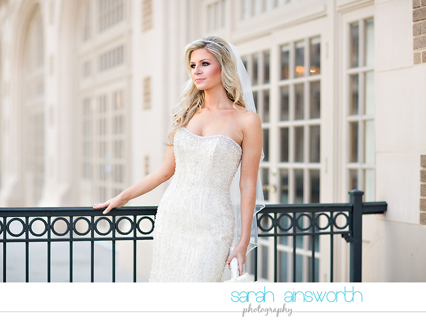 houston-wedding-photographer-crystal-ballroom-wedding-houston-bridals-downtown-houston-wedding-rice-hotel-sarah014