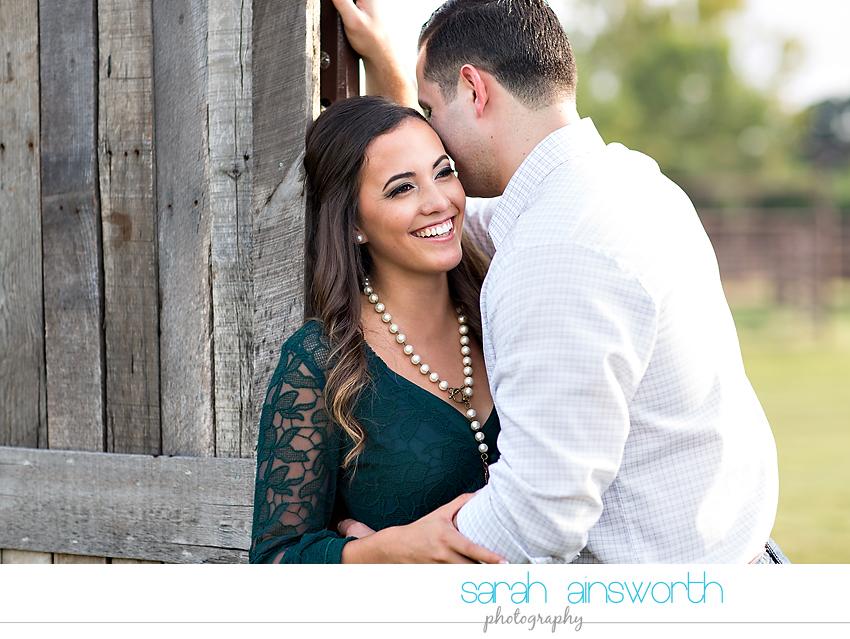tomball-wedding-photographer-moffitt-oaks-wedding-rustic-houston-wedding-venue-kristina-tyler003