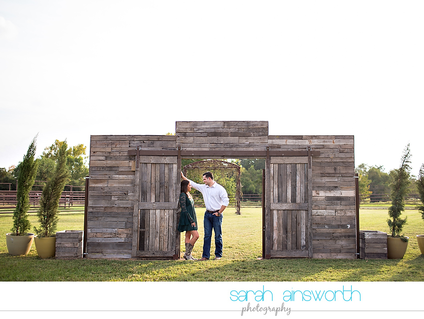tomball-wedding-photographer-moffitt-oaks-wedding-rustic-houston-wedding-venue-kristina-tyler007