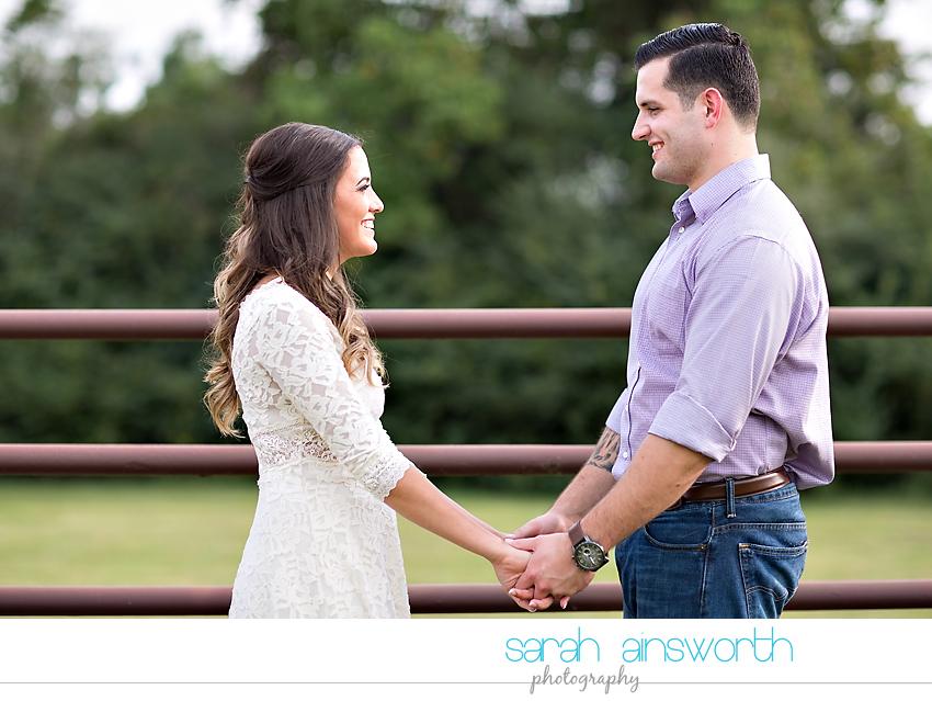 tomball-wedding-photographer-moffitt-oaks-wedding-rustic-houston-wedding-venue-kristina-tyler011