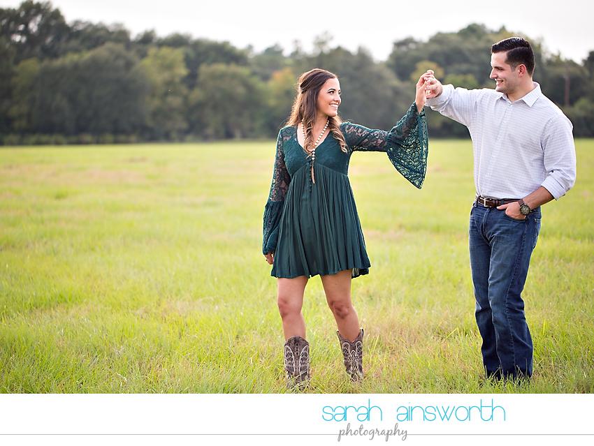 tomball-wedding-photographer-moffitt-oaks-wedding-rustic-houston-wedding-venue-kristina-tyler013