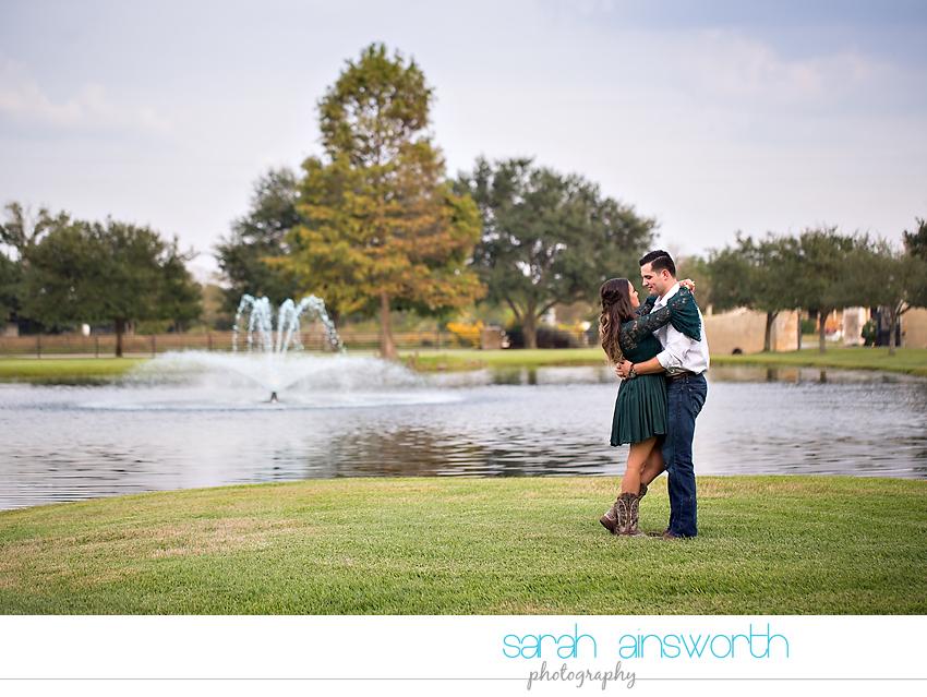 tomball-wedding-photographer-moffitt-oaks-wedding-rustic-houston-wedding-venue-kristina-tyler020