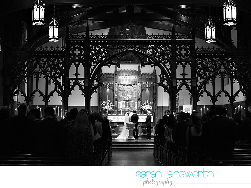 houston-wedding-photographer-christ-church-cathedral-petroleum-club-of-houston-wedding-photographer-charlotte-chris021